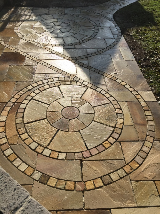 Mint fossil paving